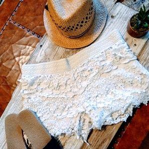Pants - Beach Lace Shorts